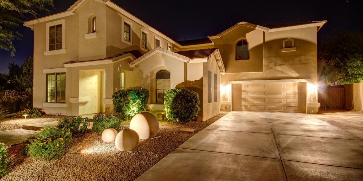 Home For Sale With Golf Course Views in Dove Valley Ranch