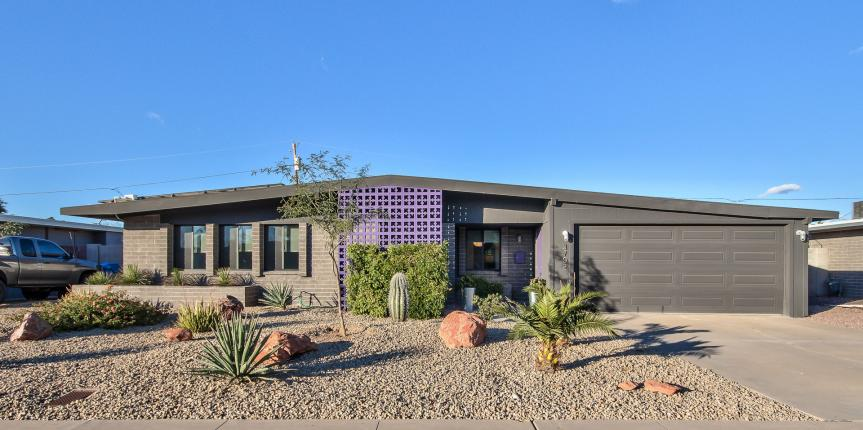 Mid-Century Beauty In North Phoenix For Sale